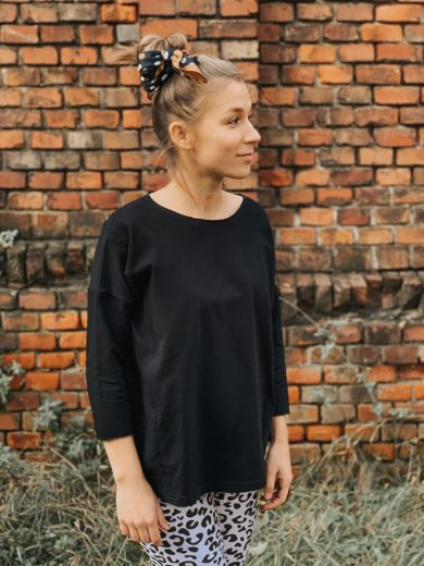 breastfeeding sweatshirt black